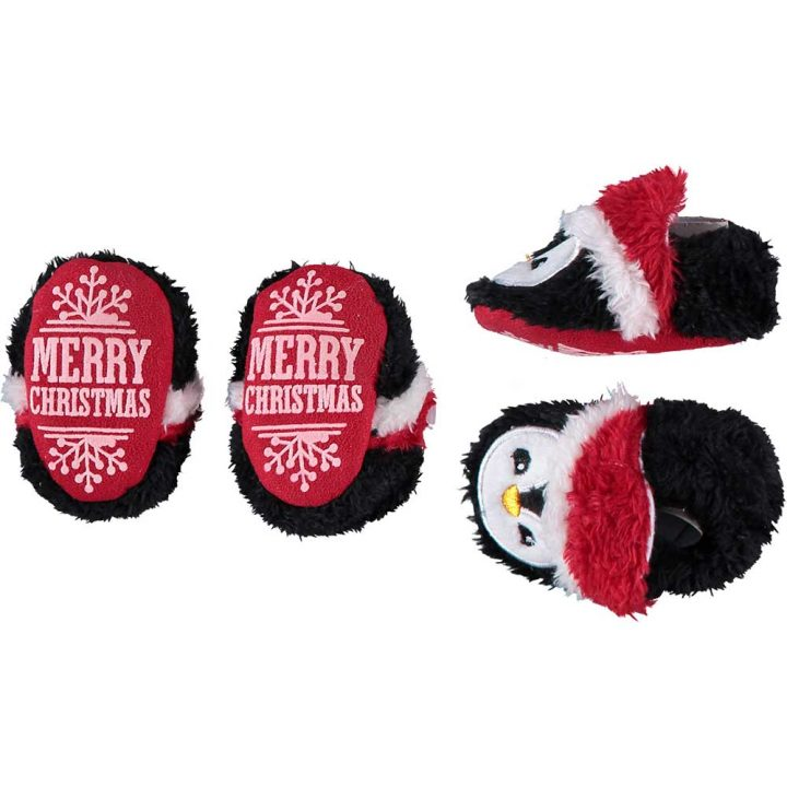 Cute soft christmas slippers for babies. Model: Penguin.