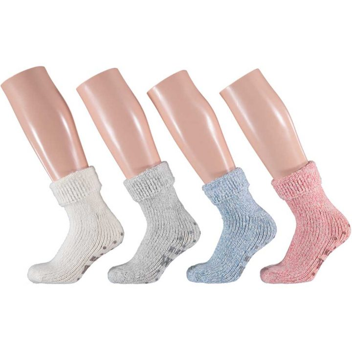 Lovely warm and soft socks for children. These comfortable non-slip socks are available in four different colors and three sizes.
