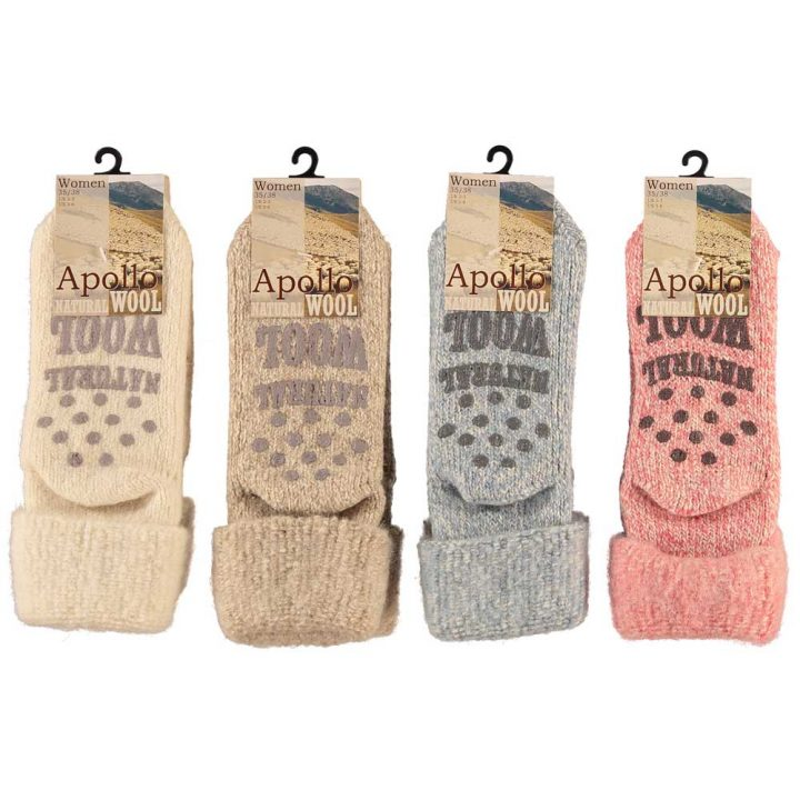 Lovely warm and soft socks for women. These comfortable non-slip socks are available in four different colors and two sizes. Colors: White, Beige, Blue, Red.